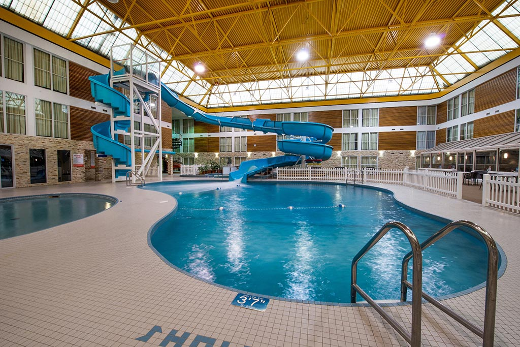 Indoor Pool Thunder Bay Airport Hotel Victoria Inn
